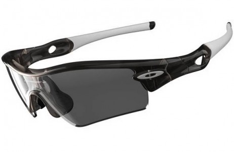 how to take out oakley radar lenses