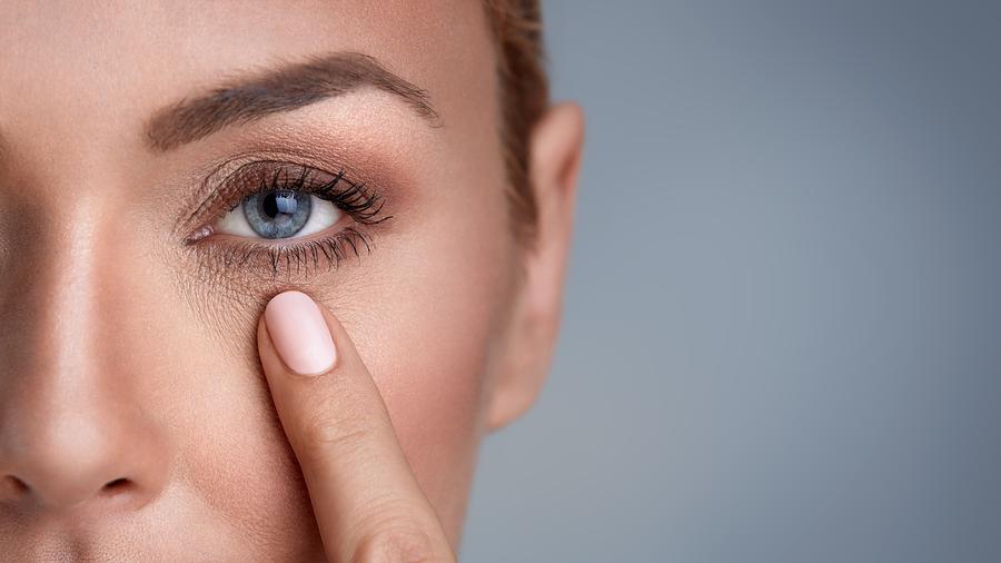 Wochen- und Monats-Kontaktlinsen einfach länger tragen?